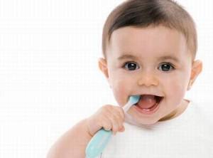 Cách chăm sóc răng khỏe cho bé