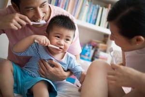 Phòng ngừa sâu răng cho bé